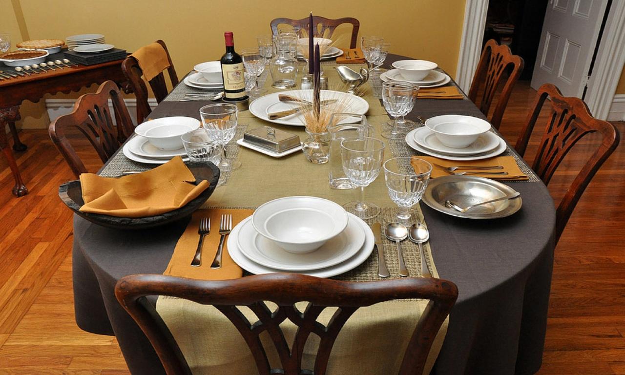 Какая посуда нужна для сервировки стола