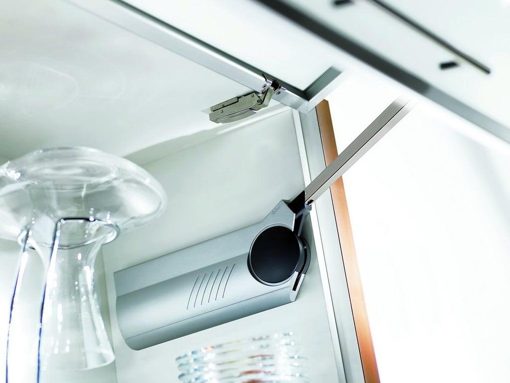 Доводчики для кухонных шкафов: как выбрать и на что обратить внимание